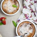 clafoutis fraise-verveine à la crème d'amande3