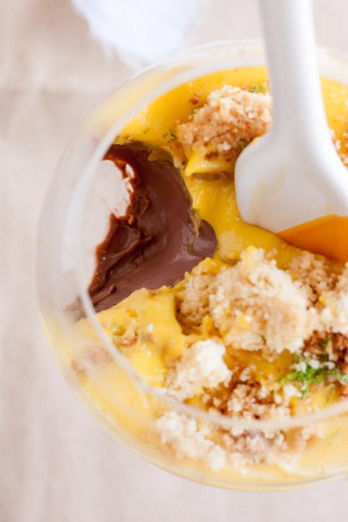 Panna Cotta au Chocolat, Curd de Mangue et Croustillant à la Noix de Coco