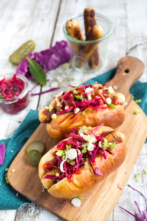 hot dog poulet pickles choux rouge